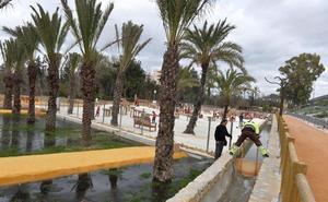 Una alameda que recrea el paisaje de huerta y bosques de ribera une El Malecón y el río