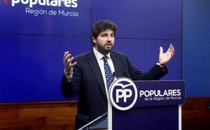 López Miras: «Por fin se abre una puerta para la esperanza y la ilusión tras 260 días a la deriva»