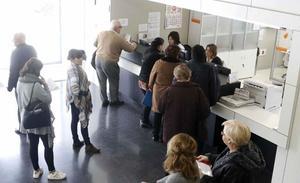 Los pacientes puntúan con un notable alto a la sanidad pública regional