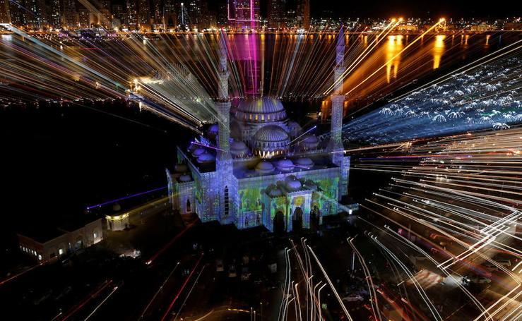 Las mezquitas más iluminadas de los Emiratos Árabes