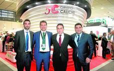 Caliche presenta su nueva división de transporte aéreo de perecederos