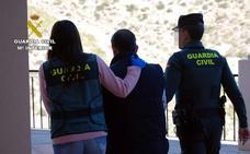 La Guardia Civil detiene a un vecino de Águilas por incitar al odio a través de redes sociales