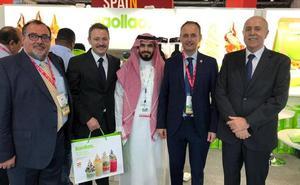 Dieciocho empresas de la Región muestran sus productos en la principal feria de la alimentación del golfo Pérsico