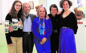 Cuatro generaciones de artistas en la exposición de José Toledo