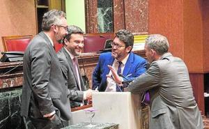 Los grupos parlamentarios, convencidos de que la reforma del Estatuto de Autonomía saldrá adelante