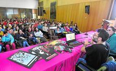 Lección magistral del dibujante Salva Espín a más de 140 alumnos del concurso escolar