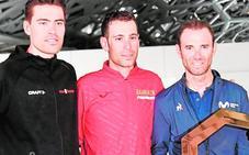 Valverde estrena el arcoíris en el World Tour de los Emiratos