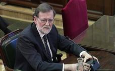 Rajoy desvela que avisó «hasta la saciedad» a Puigdemont antes de la aplicación del 155