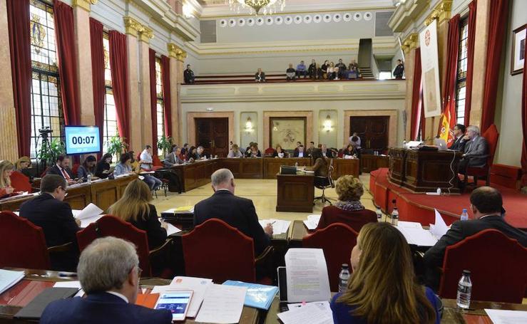 Murcia aprueba un proyecto piloto para llevar el teletrabajo a la Administración municipal