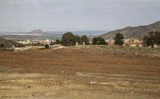 La Comunidad reclama a los dueños del Lirio sellar la balsa para ahorrarse 3,5 millones