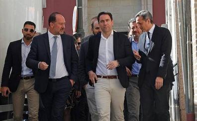 García Egea: «Es el momento de que el Levante pase a tener peso en Madrid»
