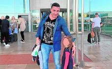 La rumana que retenía a su hija en La Manga entrega la niña a su padre