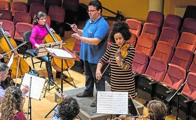 Ana Mba actuará este viernes con la Sinfónica de Cartagena