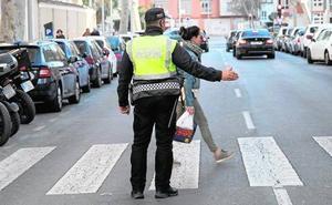 El retiro de 24 agentes deja a la Policía Local en cuadro a 40 días de la Semana Santa
