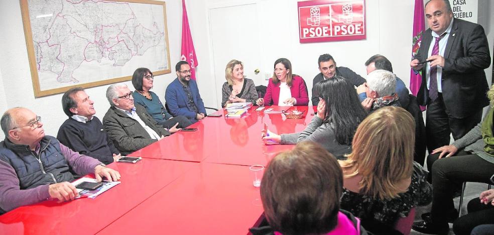 Castejón confía a sus ediles el peso electoral del PSOE y renueva la cuota femenina