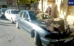 Detienen a un conductor drogado con un gallo en el maletero tras provocar un accidente