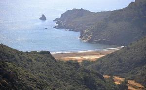 Vecinos y conservacionistas se apoyan en Podemos para frenar el puerto del Gorguel