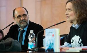 Fernando Lalana cierra el ciclo de encuentros del Premio Hache 2019