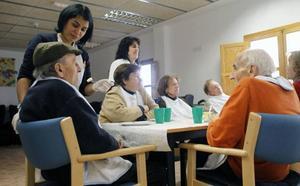 Autorizan el concierto de casi 700 nuevas plazas para personas mayores y con discapacidad