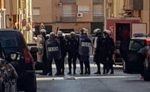 Dos policías heridos en un enfrentamiento con vecinos del Espíritu Santo de Espinardo