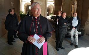 El obispo niega que se haya celebrado una misa por Franco en el seminario