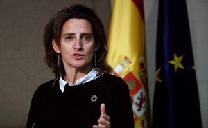 Teresa Ribera: «Tener 30 grados en marzo no es normal ni siquiera en Murcia»