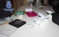 Tres arrestados tras desmantelar un punto de venta de droga en Zarandona