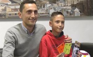 Fran, el niño de Cartagena que sueña con ser árbitro y que ha podido conocer a su ídolo