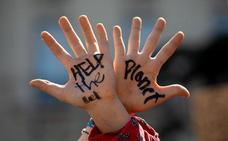 Los estudiantes movilizan institutos y facultades en su huelga del '15-M climático'