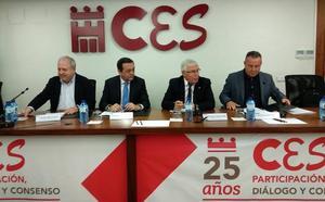 Sindicatos y patronal sellan el acuerdo de negociación colectiva regional para alcanzar un salario mínimo de 14.000 euros en 2020