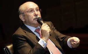 Del Rivero niega una operación política para tomar el control del BBVA