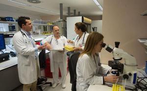 Médicos del Hospital Santa Lucía dan a conocer nuevas terapias para tratar el VIH