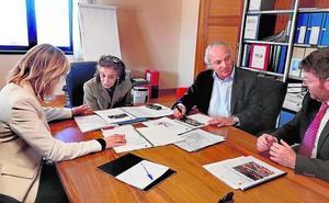 Clavero ofrece al Ministerio dos parcelas para el Palacio de Justicia de Molina