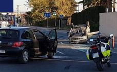 Un herido en un accidente de tráfico que obligó a cortar la avenida Miguel Induráin