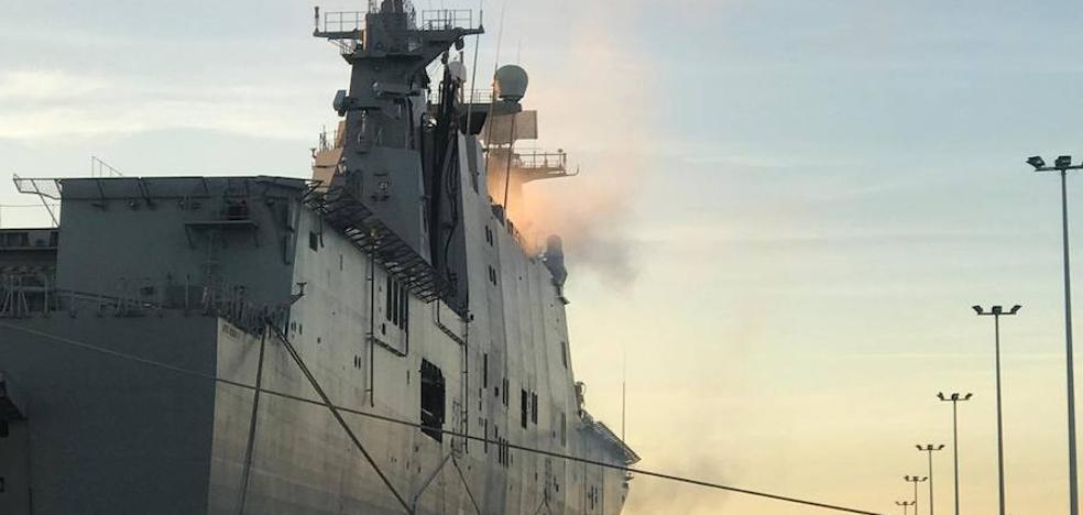 Un incendio afecta al 'Juan Carlos I', buque insignia de la Armada