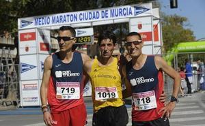 Andrés Mico e Inma Pérez vencen en la Media Maratón de Murcia
