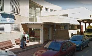 El médico de Molina acusado de abusos: «Le hice dos o tres fotos»