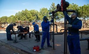 La demanda obliga al Politécnico a dar cursos de soldador y tubero