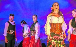 La 'Farruca' del maestro jumillano Julián Santos llega hoy al Teatro Romea