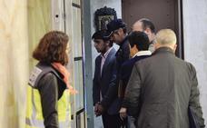 «Algunos residentes venían llorando porque les habían sacado 1.500 euros o más»