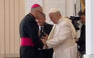 El obispo auxiliar de la Diócesis de Cartagena participa en una audiencia con el Papa Francisco