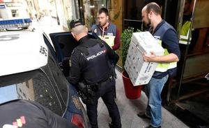 La Policía halla 100.000 euros en una caja fuerte camuflada en la residencia de ancianos de Murcia