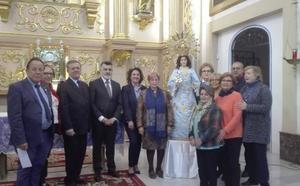 La talla de la Virgen de la Encarnación vuelve a la parroquia de Churra tras su restauración