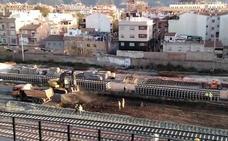 Empiezan a desmontar las vías del tren a la altura de la estación del Carmen