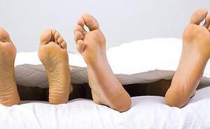 Una mujer muere tras cinco horas de sexo con su pareja