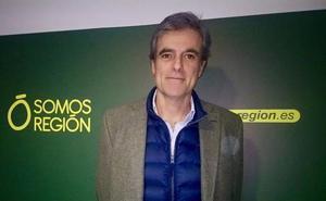 El doctor Manuel Pajarón, número dos de Somos Región al Congreso