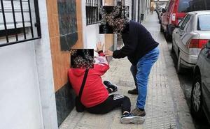 Se entrega a la Policía tras propinar una paliza a otro hombre en Cieza
