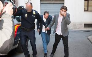 Prisión eludible con una fianza de 50.000 euros para el dueño de la residencia de ancianos de Murcia