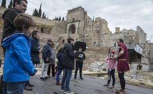 Castejón pide a la Comunidad más promoción turística