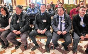 PP y Cs evitan que los VTC se regulen en la Región y piden que lo haga el Estado